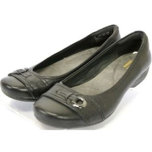 Clarks Collection Women's Flats Size 6 Black
